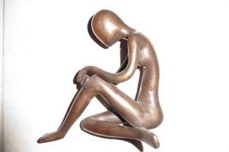 Statuette femme assise