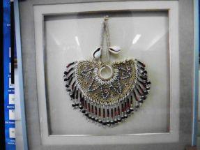 Collier de cérémonie Papou encadré