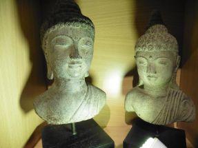 Têtes de divinité Indous
