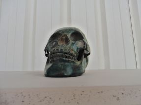 Crânes de 25 cm en bronze médaille