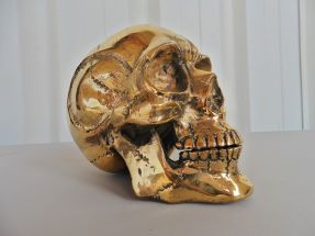 Crâne en bronze doré